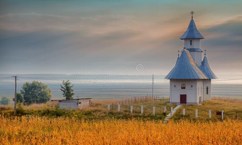 Igreja na vila de Stanca foto de stock