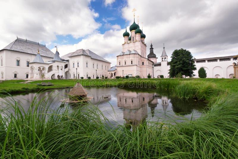A igreja no Kremlin de Rostov foto de stock royalty free