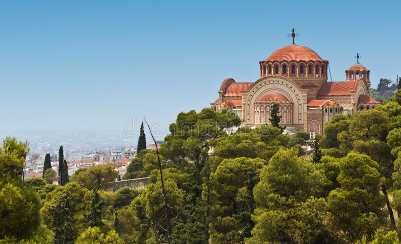 Igreja ortodoxa de Saint Pavlo em Tessalónica, GR imagens de stock