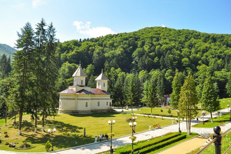 Igreja ortodoxa de Slanic Moldova imagens de stock