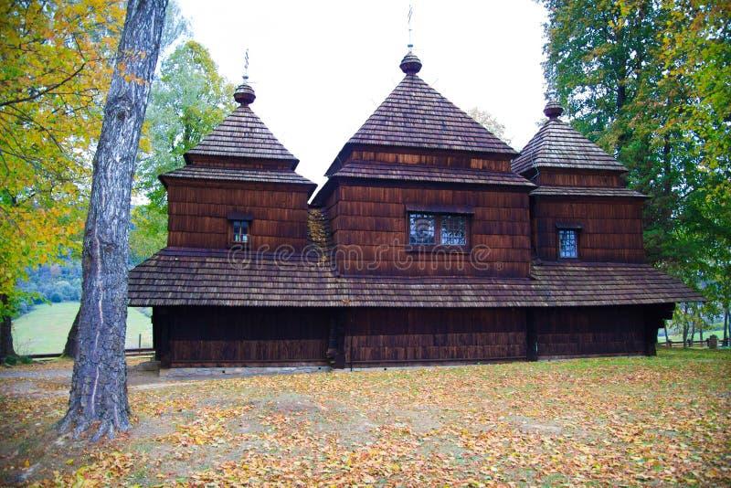 Igreja ortodoxa em Bieszczady fotos de stock royalty free