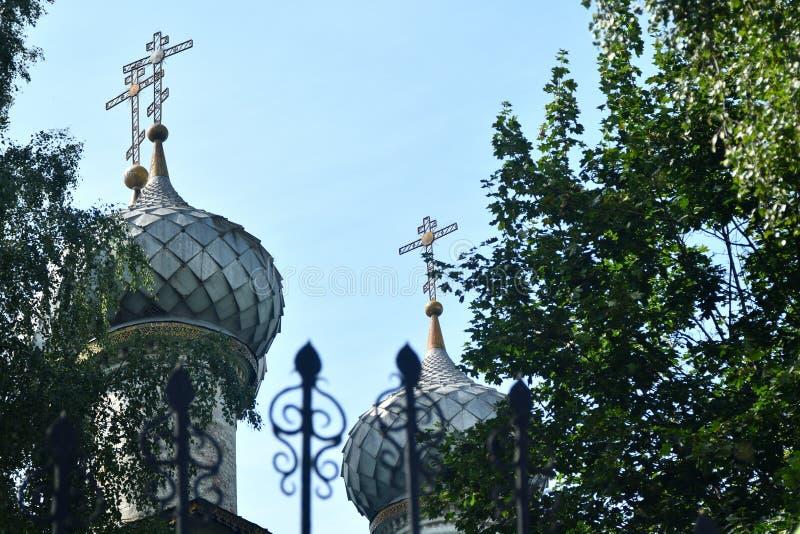 Igreja ortodoxa em R?ssia foto de stock royalty free