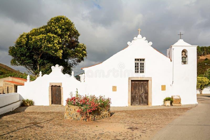 Igreja Paroquial da Bordeira -历史教会在Carrapateira附近的村庄Bordeira,在Aljezur的自治市在的 库存图片
