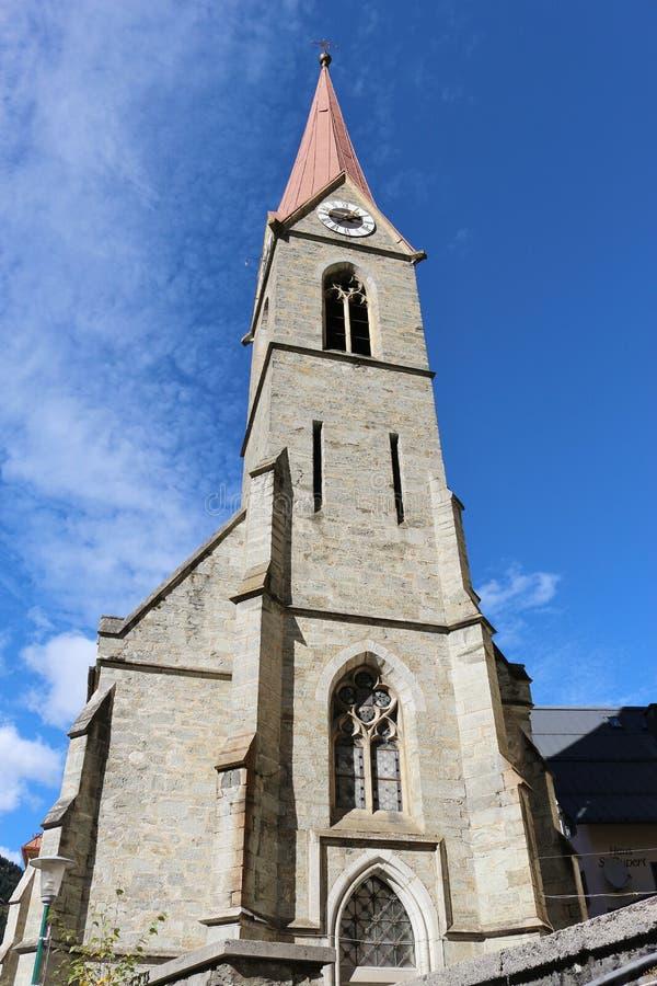Igreja paroquial em Gastein mau, Áustria foto de stock