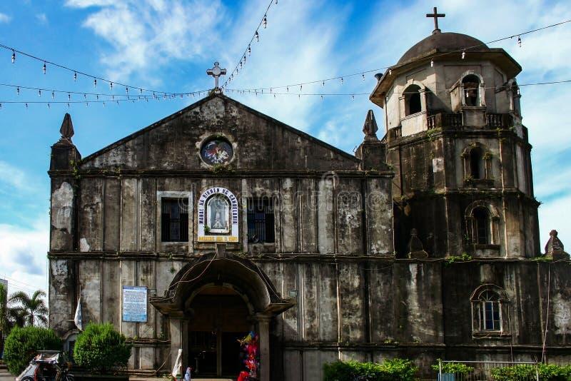 Igreja paroquial Lady Candelaria em Silang, província de Cavite, ilha de Luzon, Filipinas imagens de stock