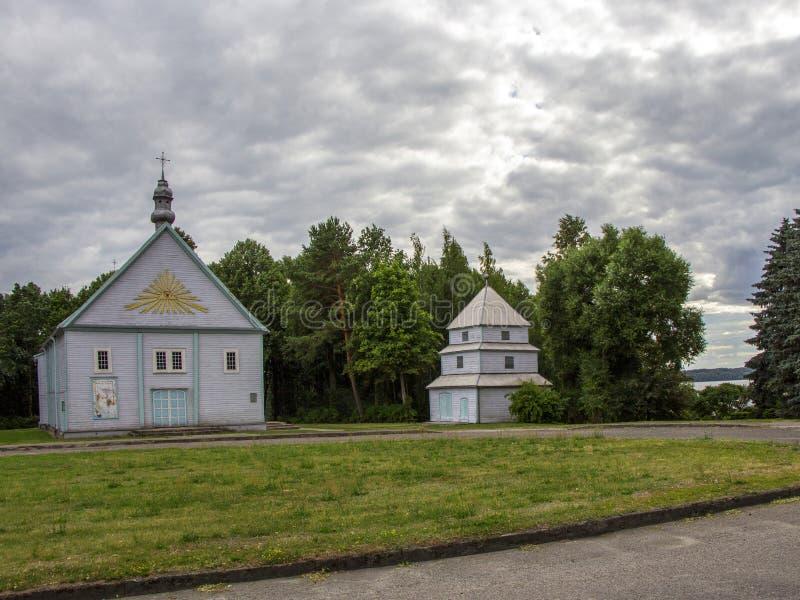 Igreja pequena em kÄ-s do ¡ do iÅ do ¡ de RumÅ Lithuania, Europa fotos de stock