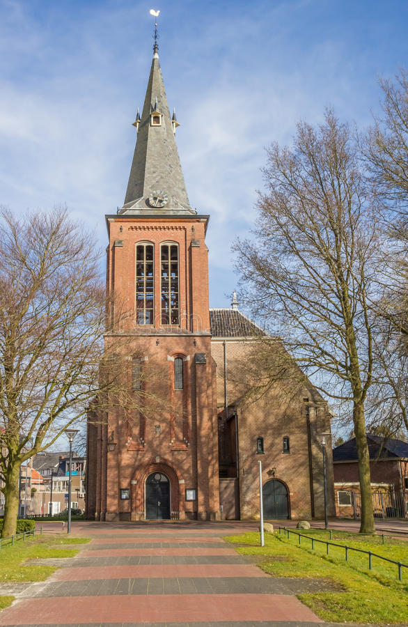 Igreja reformada no centro de Veendam fotos de stock royalty free