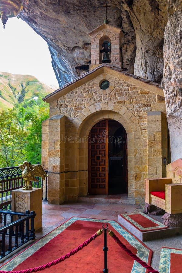 Igreja santamente da caverna imagem de stock royalty free