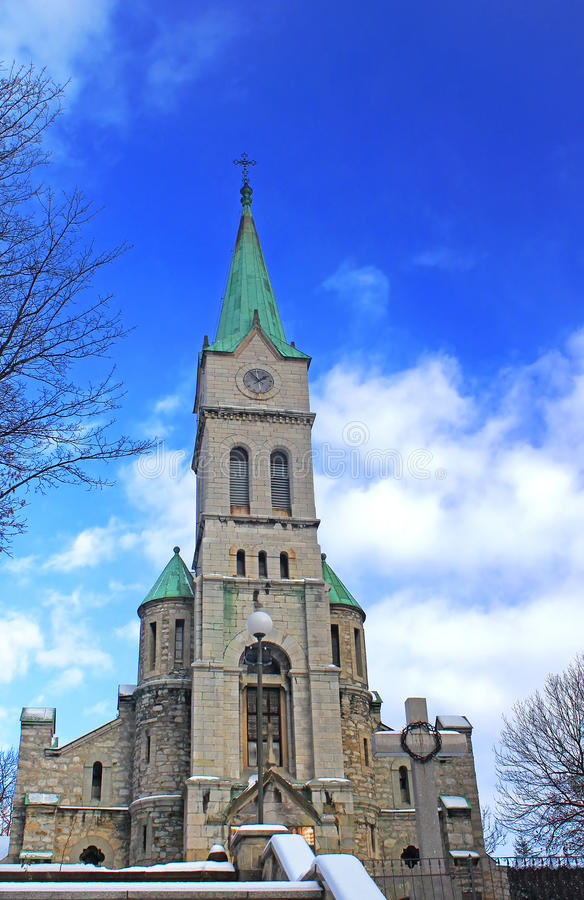 Igreja santamente em Zakopane, Poland da família foto de stock royalty free