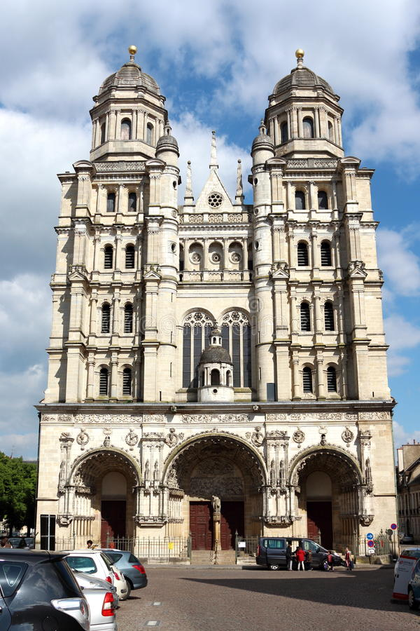 Igreja St-Michel em Dijon, França imagens de stock