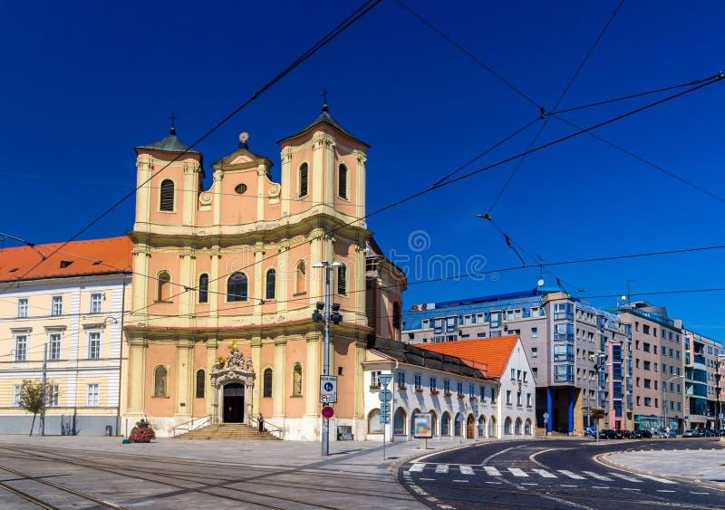 Igreja Trinitarian na cidade velha de Bratislava fotografia de stock royalty free