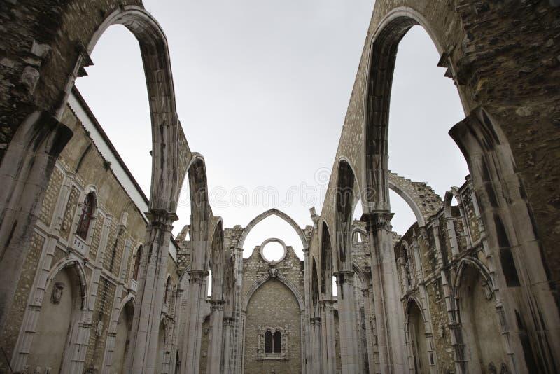 Igreja tun Carmo-Ruinen in Lissabon, Portugal. stockbild
