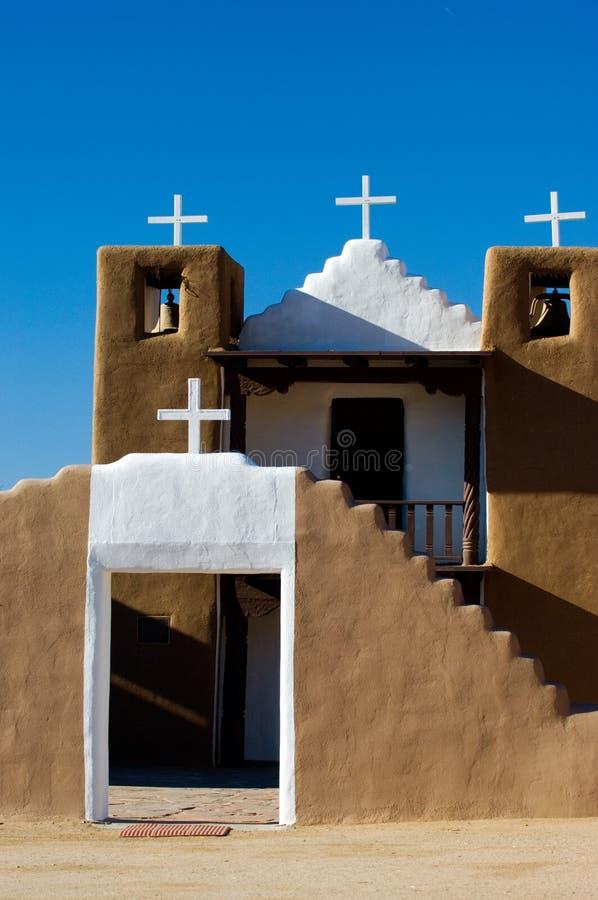 Download Igreja velha imagem de stock. Imagem de naturalness, torre - 541919
