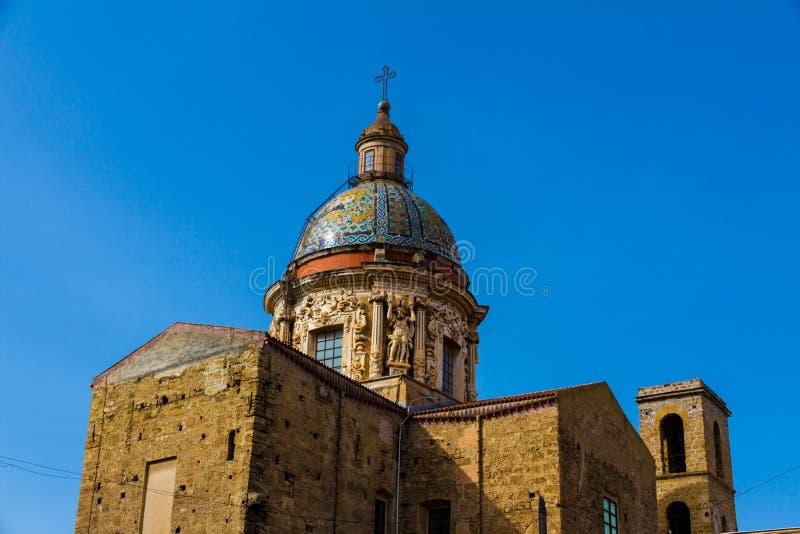 Igreja velha em Palermo, Itália fotos de stock royalty free