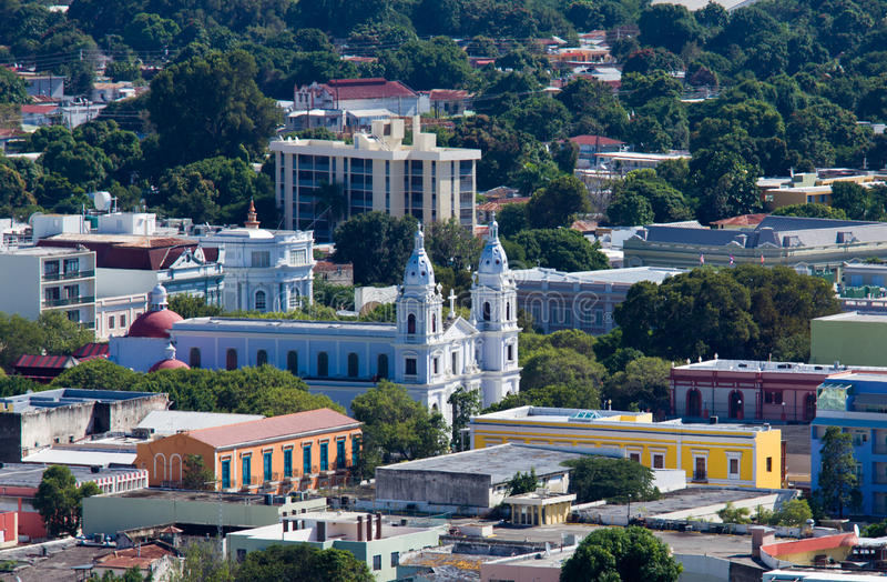 Igreja velha em Ponce imagens de stock royalty free
