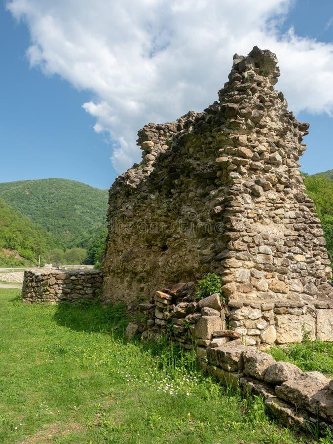 A igreja velha no monast?rio de Vodita, Rom?nia fotos de stock royalty free