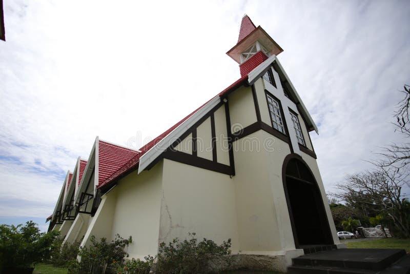 A igreja vermelha é uma atração famosa em Maurícias Muitos casamentos da estrela serão guardados aqui O teto vermelho é o arco fr imagens de stock royalty free