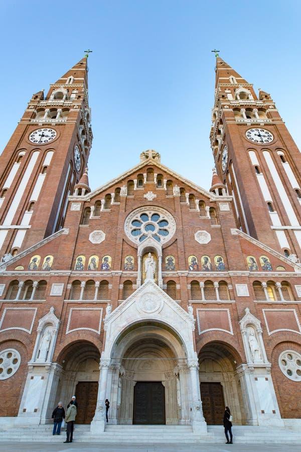Igreja votiva de Szeged, símbolo da cidade imagens de stock royalty free