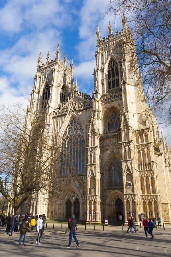 Igreja York Inglaterra Reino Unido de York com visita dos povos fotos de stock royalty free