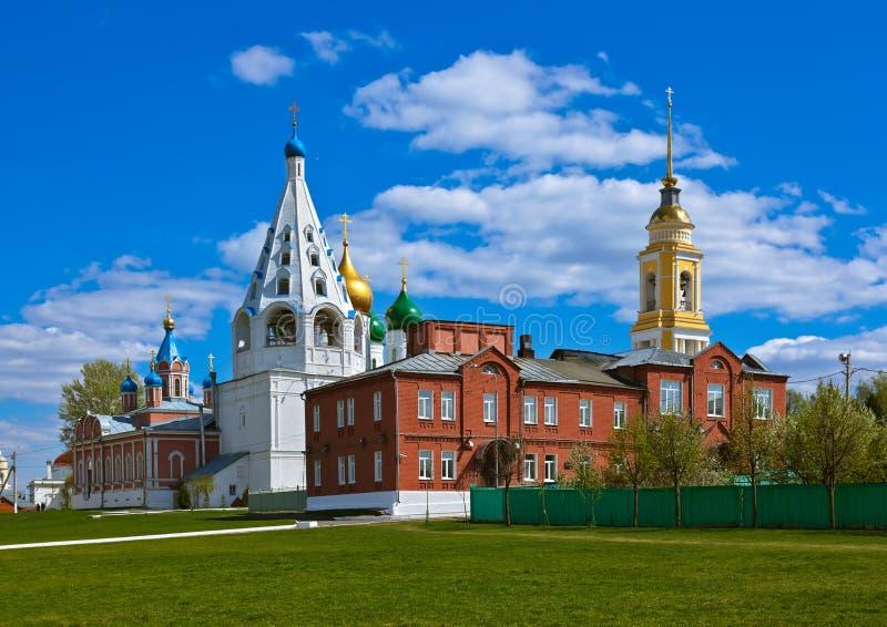 Igrejas no Kremlin de Kolomna - região de Moscou - Rússia imagens de stock royalty free