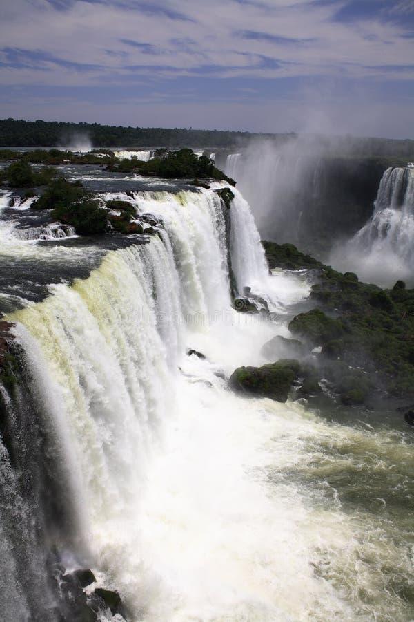 Iguassu (Iguazu; Quedas de Iguaçu) - grandes cachoeiras fotografia de stock