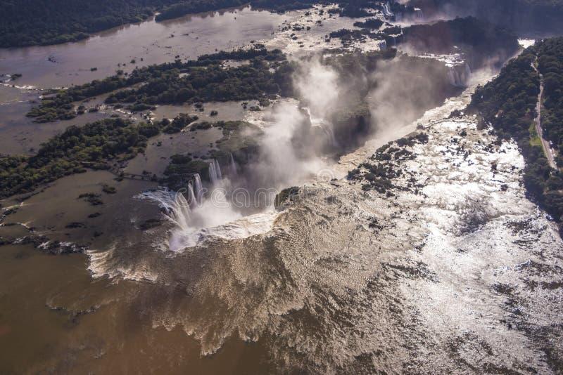 Iguassudalingen - het Nationale Park van Iguassu royalty-vrije stock afbeeldingen