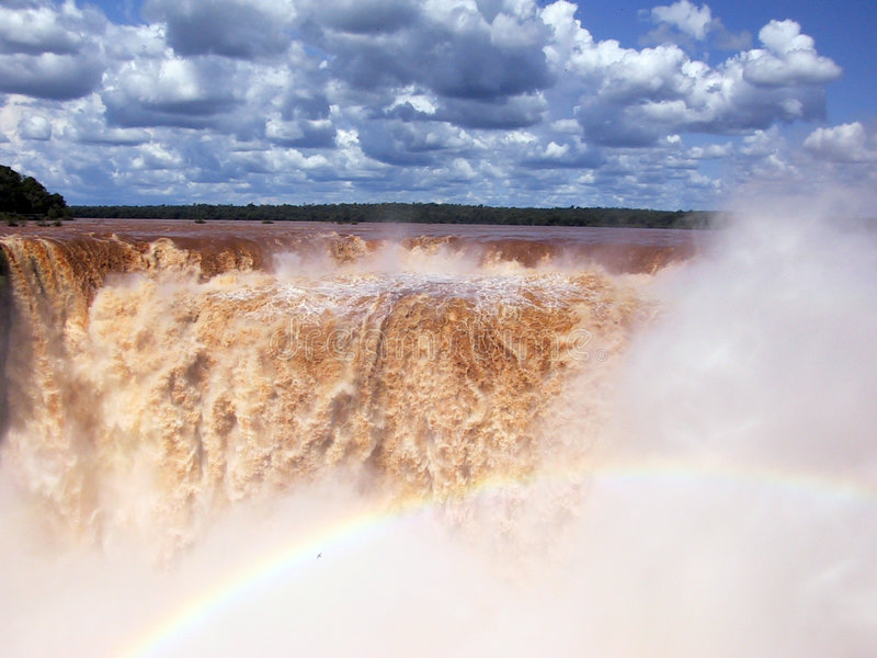 Download Iguazu Falls photo stock. Image du course, nuages, en, amérique - 65614