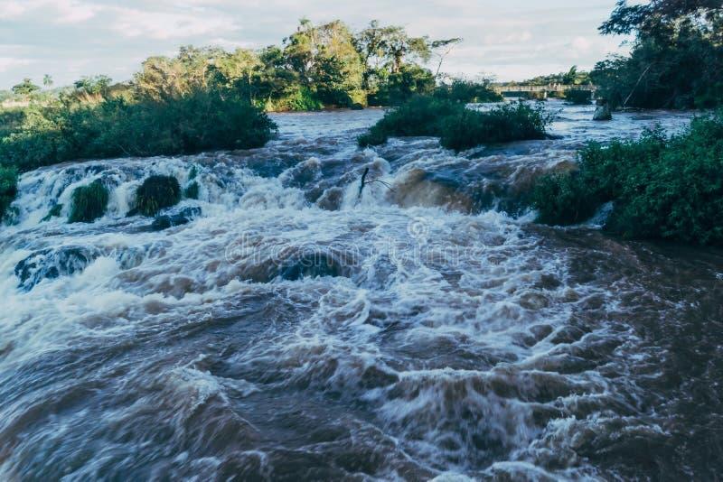 Iguazu Falls i det Argentina Misiones landskapet royaltyfri foto