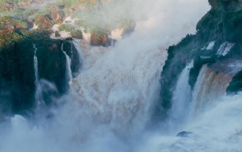 Iguazudalingen van de Provincie van Argentini? Misiones stock afbeeldingen