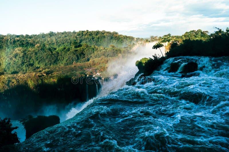 Iguazudalingen van de Provincie van Argentini? Misiones stock fotografie