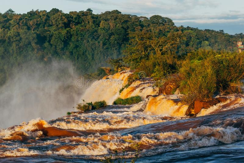 Iguazudalingen van de Provincie van Argentini? Misiones stock afbeelding
