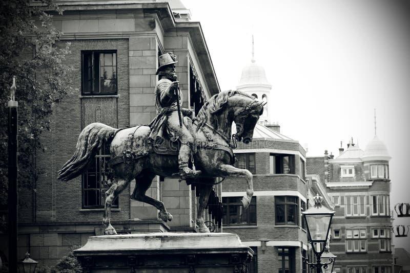 Статуя короля Вильям II