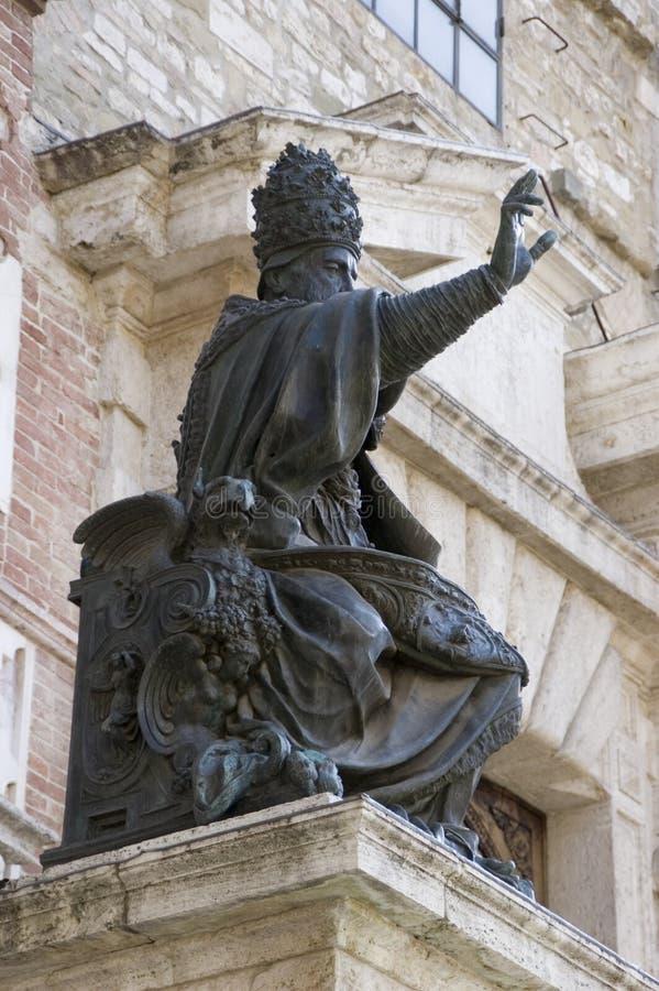 iii意大利朱利叶斯・佩鲁贾教皇雕象 库存图片