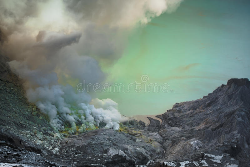 Ijen Vulkan stockfotos