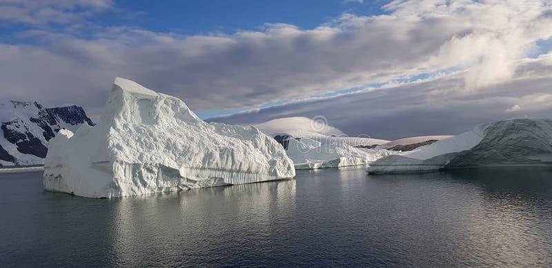 Ijsberg 2018 de Zuidpool royalty-vrije stock fotografie