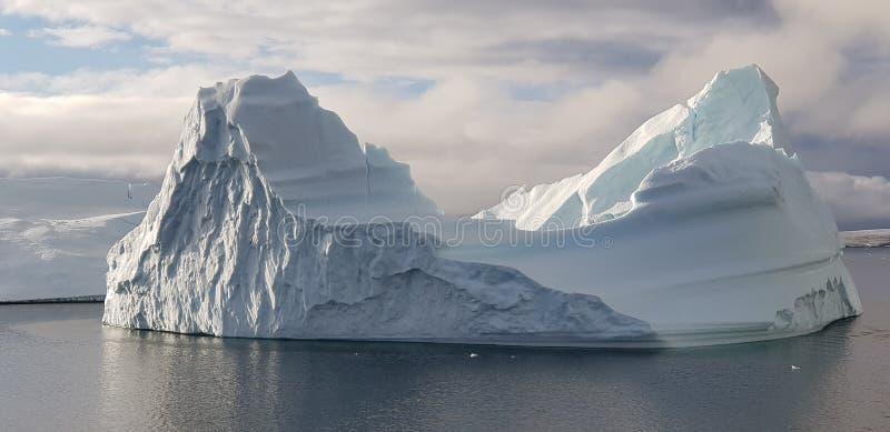 Ijsberg 2018 de Zuidpool stock afbeeldingen