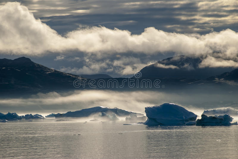 Ijsbergen in Narsuaq royalty-vrije stock foto's