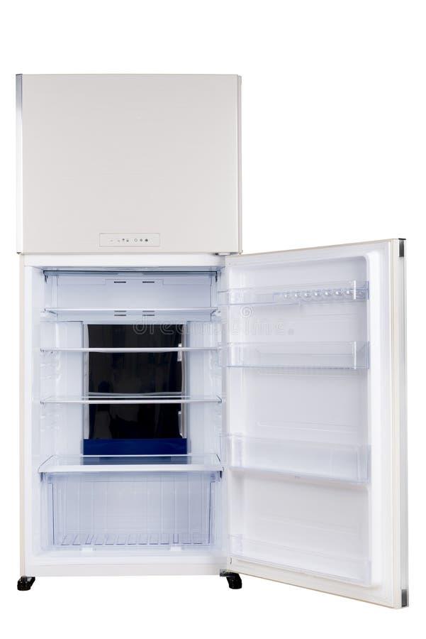 Ijskast op witte achtergrond wordt ge?soleerd die Moderne Keuken en Binnenlands Major Appliances stock afbeeldingen