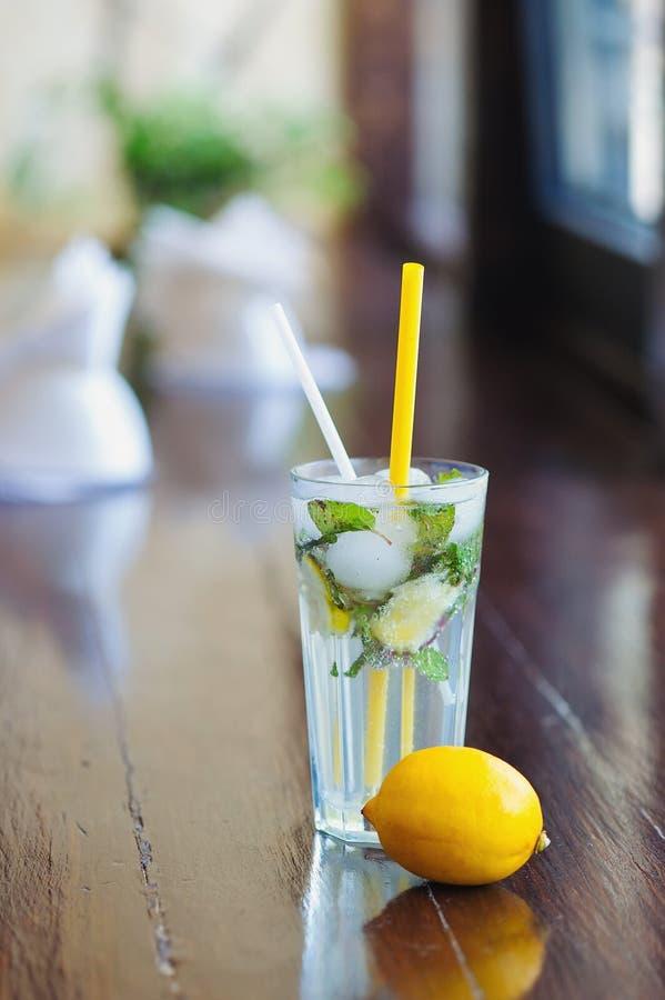 Ijskoud limonadestilleven royalty-vrije stock foto's