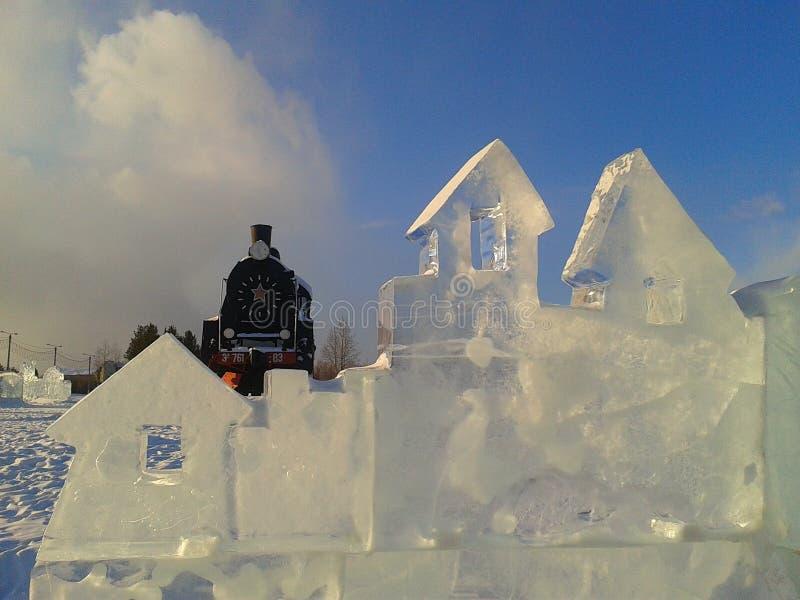 Ijspost in de stad van sneeuw stock foto