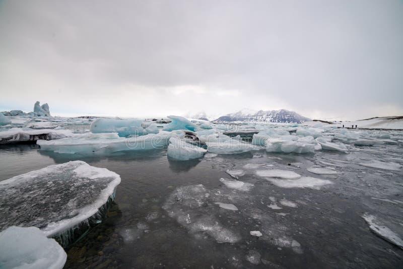 Ijsstrand, IJsland, blauwe kleur royalty-vrije stock afbeelding