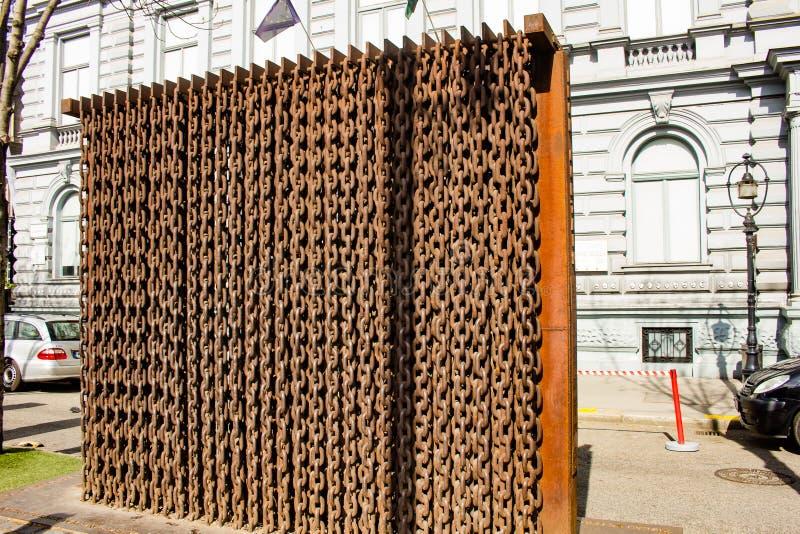 IJzeren gordijn Memoria, Boedapest, Hongarije stock afbeeldingen