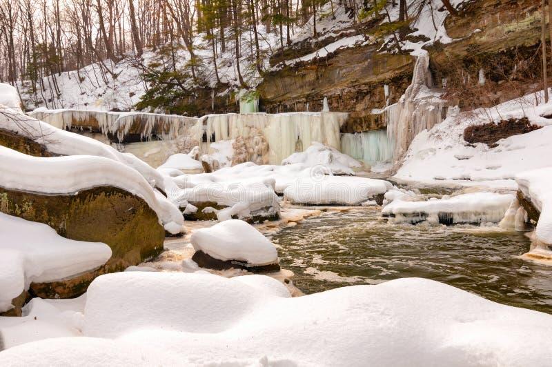 Ijzig Great Falls van Bedford stock afbeeldingen