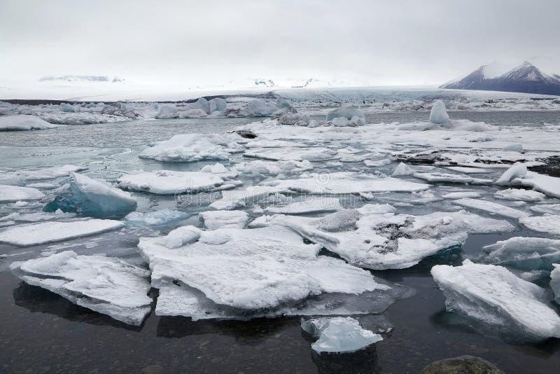 Ijzig meer in IJsland royalty-vrije stock afbeeldingen