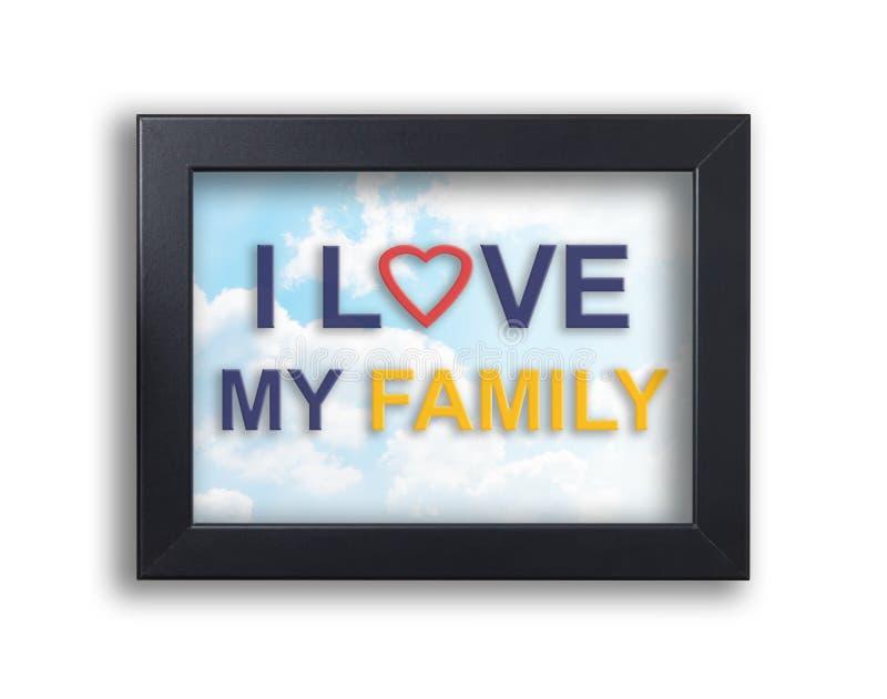 Ik houd van mijn familietekst op zwart kader met hemelachtergrond stock foto's