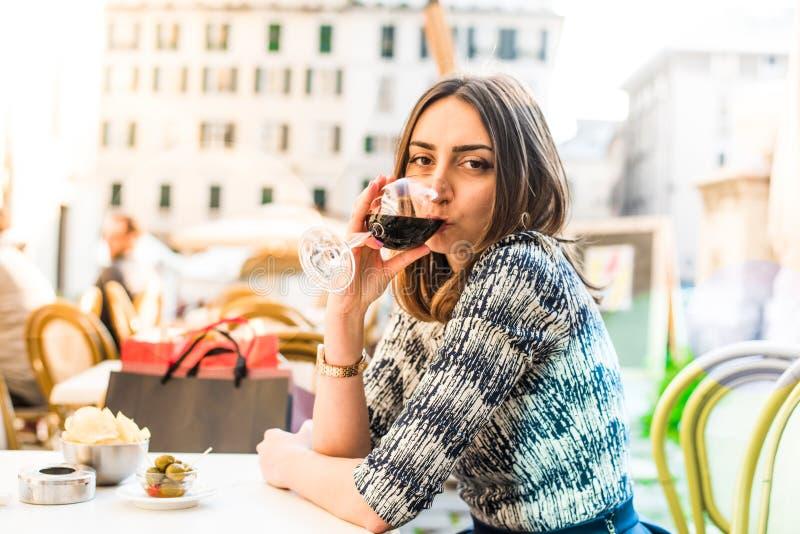 Ik houd van rode wijn stock afbeelding