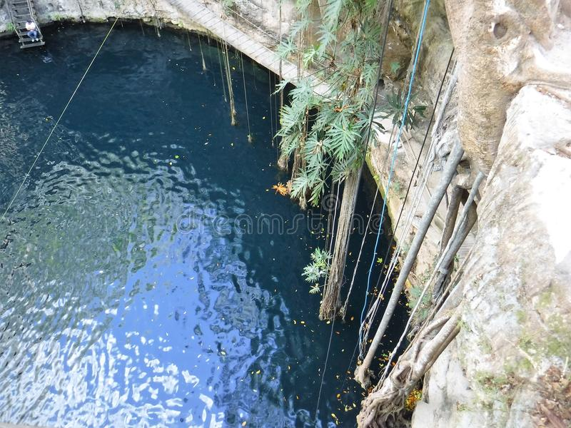 Ik-kil Cenote стоковые фото