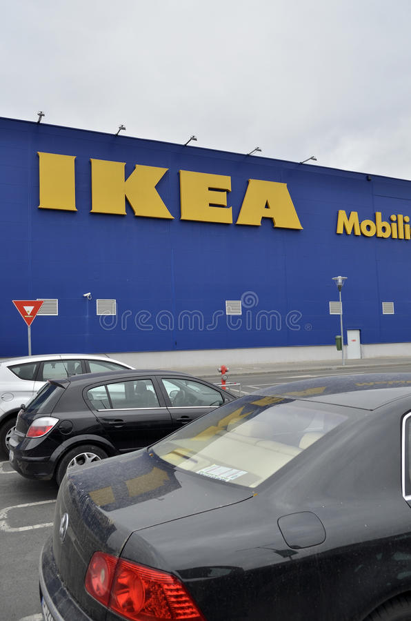 Ikea armazena em Bucareste imagem de stock