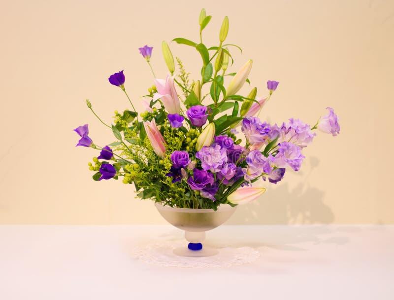 Ikebana ρύθμιση λουλουδιών στοκ εικόνα