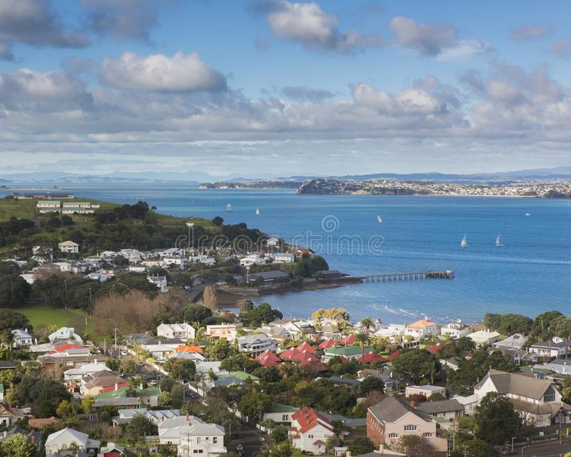 Ikonenhafter h?chster Standpunkt von Auckland-Stadt stockfotos